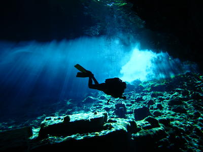 PADI Advanced Open Water cavern diving course in Kefalonia