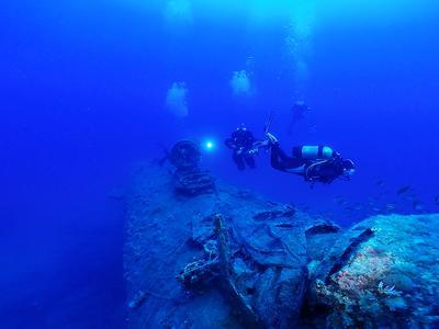 Scuba Diving: PADI TecRec diving course in Kefalonia