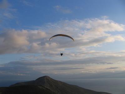 Tandem paragliding flight in Delphi, Greece