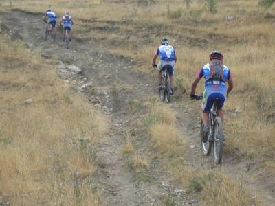 Advanced mountain biking excursion near Mount Etna