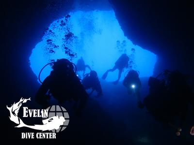 Adventure dives in Crete