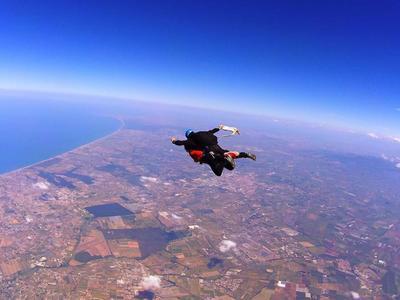 Tandem Skydive from 4000m in Nettuno, Rome