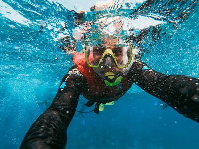 Private  Boat Snorkelling Tour in Santorini