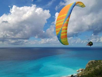 Paragliding flight outside of Athens