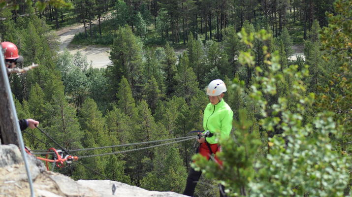 Abseiling-Hardangervidda National Park-Abseiling excursion in Dagali, Norway-4