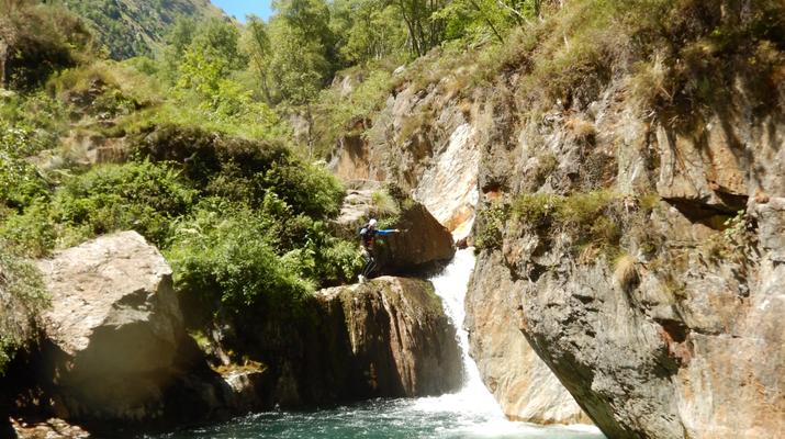 Canyon de marc en ari ge - Office de tourisme tarascon sur ariege ...