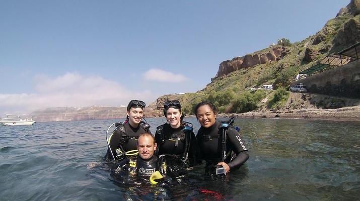 Plongée sous-marine-Santorin-Baptême de Plongée à Santorin-1